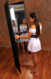 Folding Glassless Mirrors